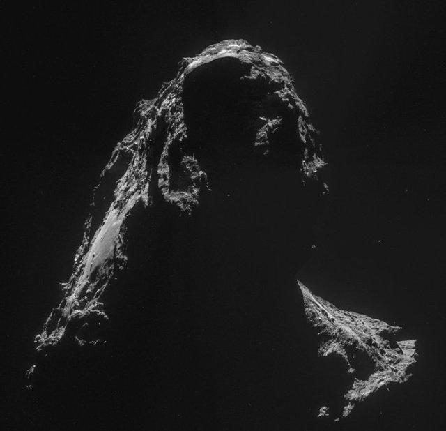 Comet_on_2_November_NavCam_node_full_image_2