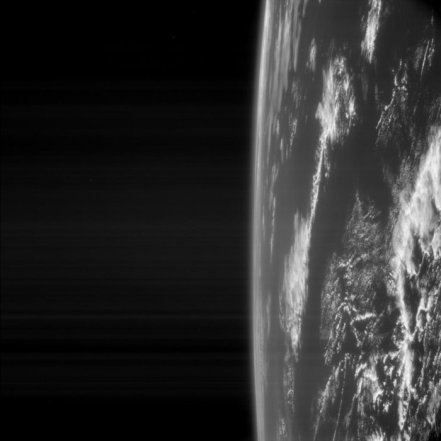 Earth_as_seen_by_Rosetta_node_full_image_2